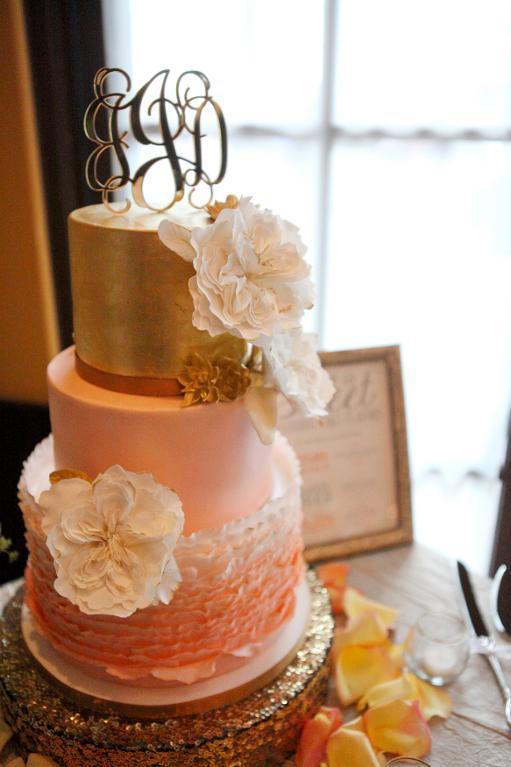 Peach ruffle wedding cake by Bluprint member Angsaban
