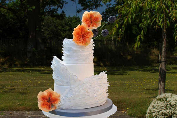 Frilled wedding cake by Craftsy member Elaine.Rhule