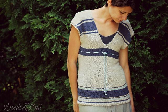 Cute knit tunic