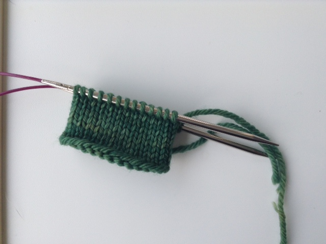 Finishing up knitting in the round using the magic loop method