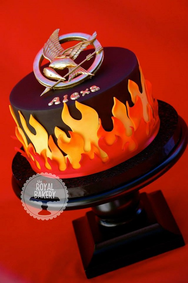 Hunger Games Mocking Jay pin cake