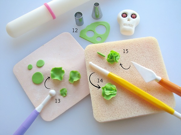 Day of the Dead fondant tutorial step 3