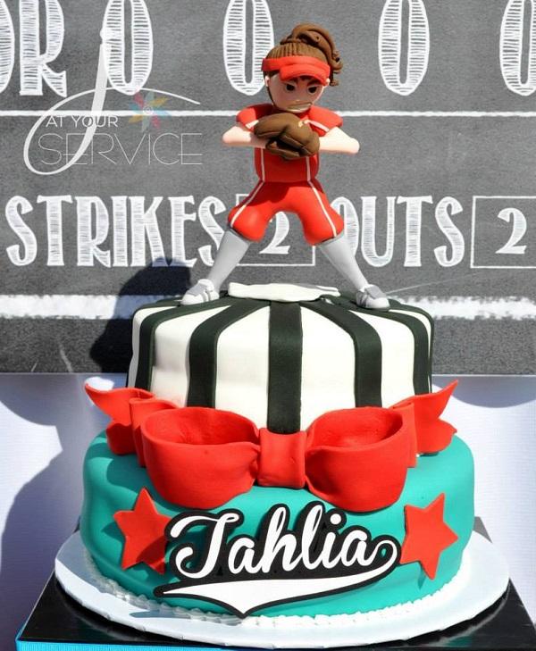 Sofball Player Cake