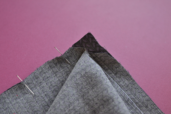 right-angle seam: open the clipped seam allowance