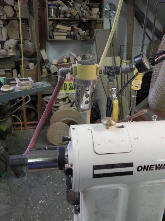 Equipment for controling the vacuum
