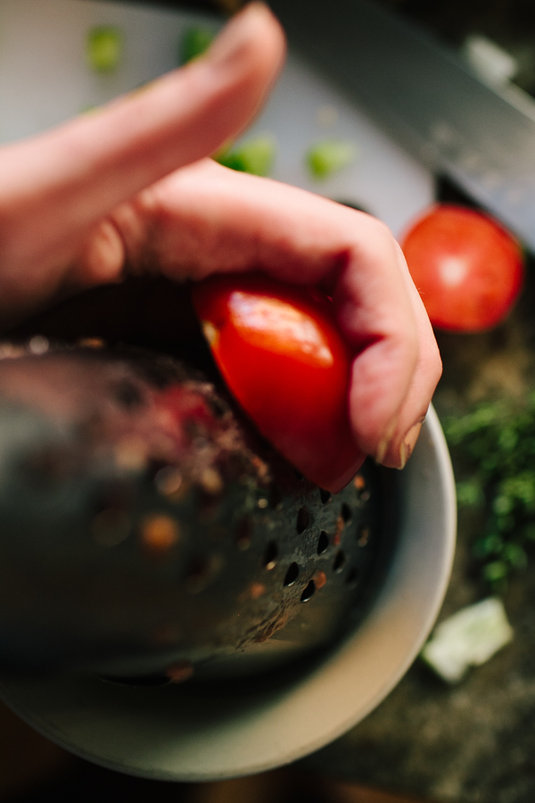Grating tomatoes