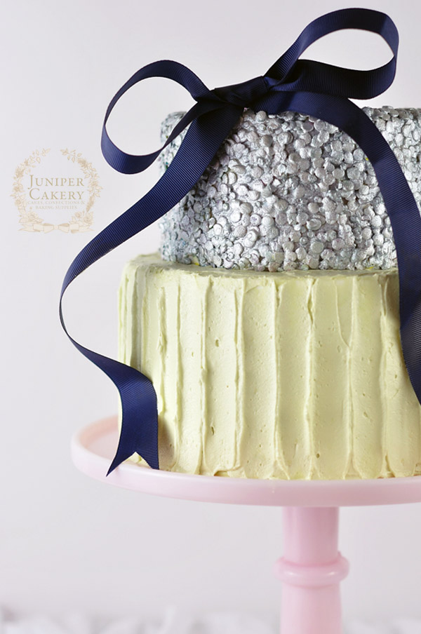 Textured buttercream cake