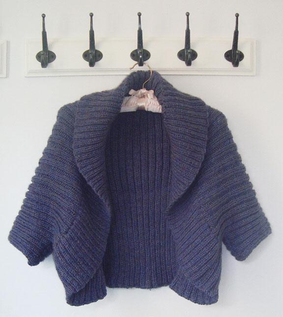 Aran Shrug knitting pattern