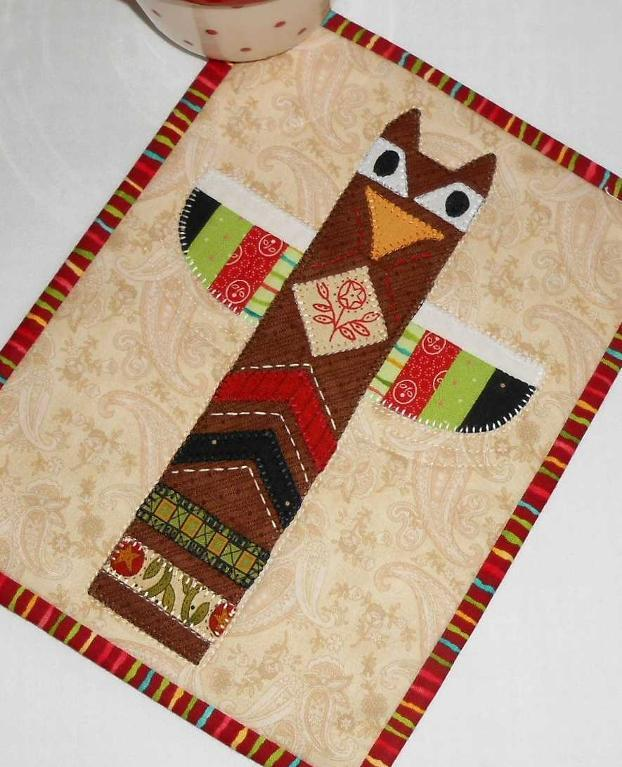 Thanksgiving Totem Mug Rug