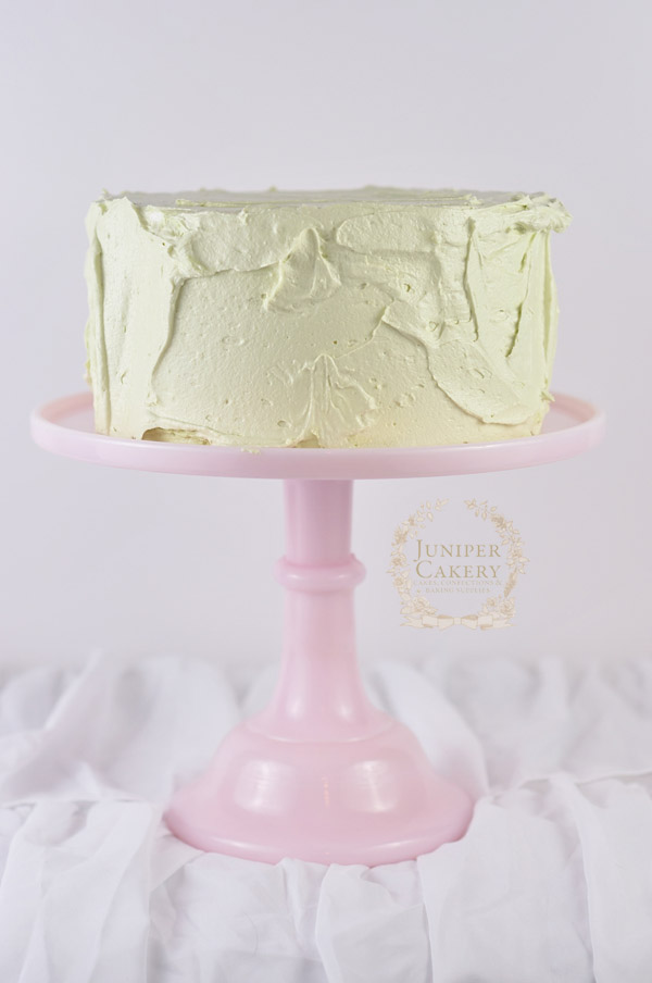 Rustic buttercream cake tutorial by Juniper Cakery