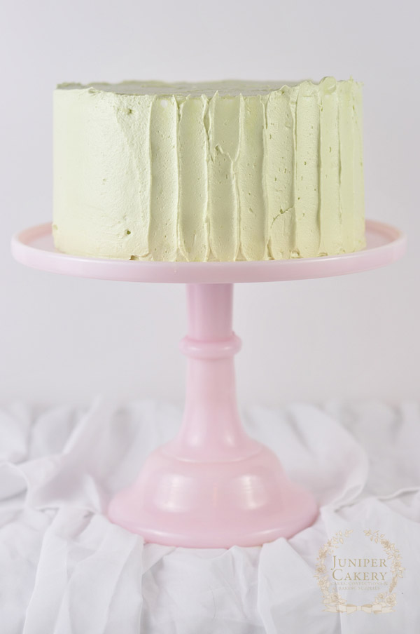 Sweet rustic buttercream cake tutorial