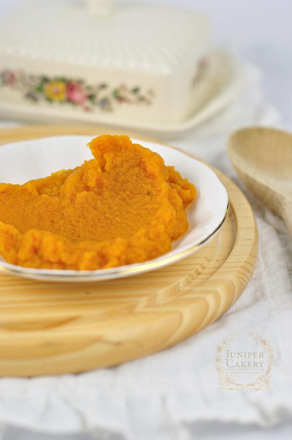 Pumpkin puree for spiced pumpkin buttercream