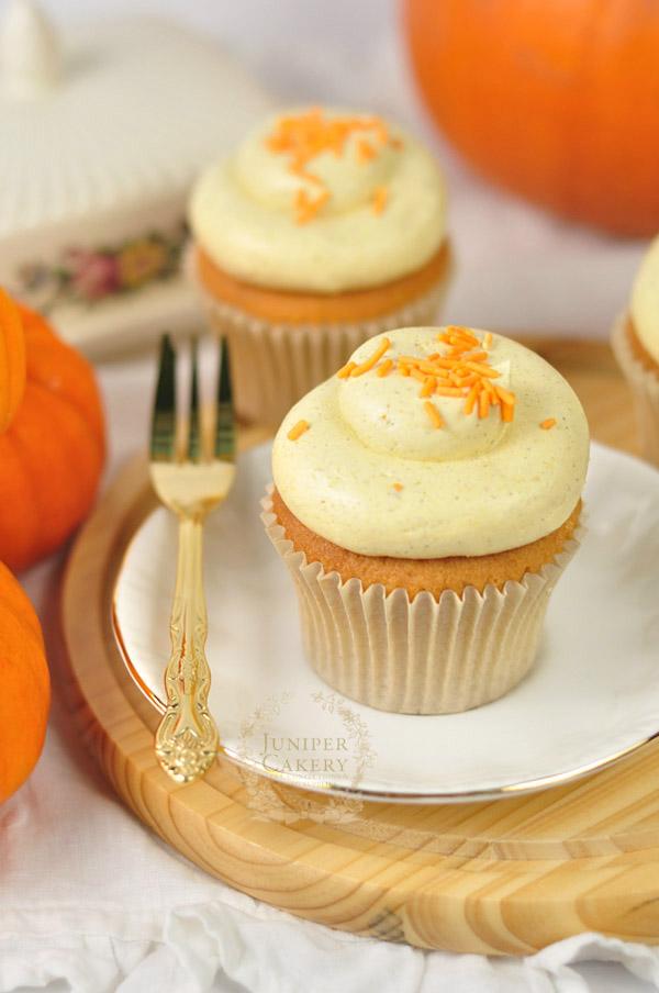 Spiced Pumpkin Buttercream Cupcakes on Bluprint!