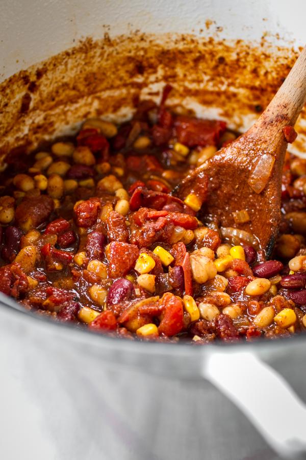 Easy Vegetarian Bean Chili