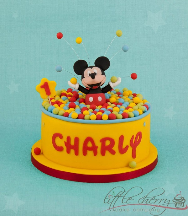 Mickey Mouse party cake