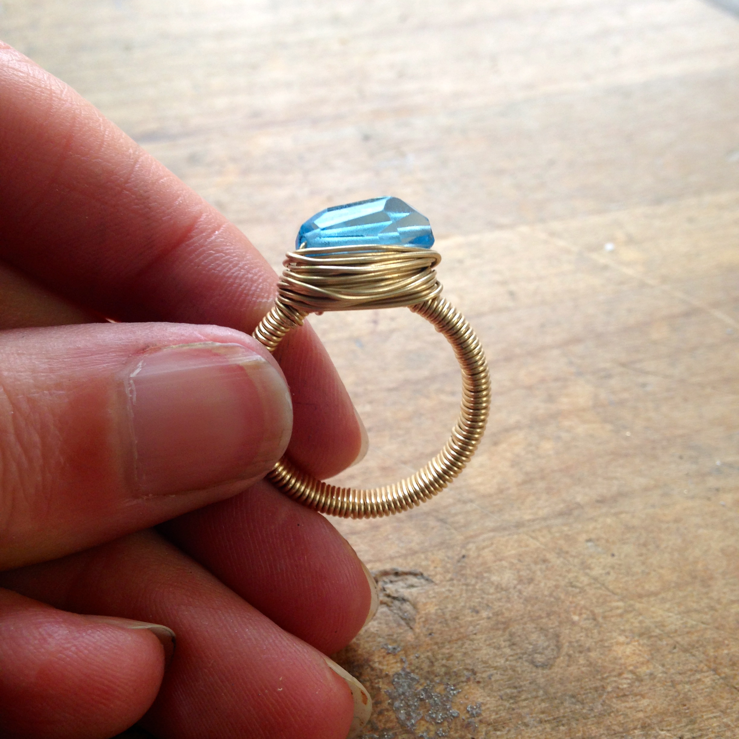 How to make a wire wrapped ring
