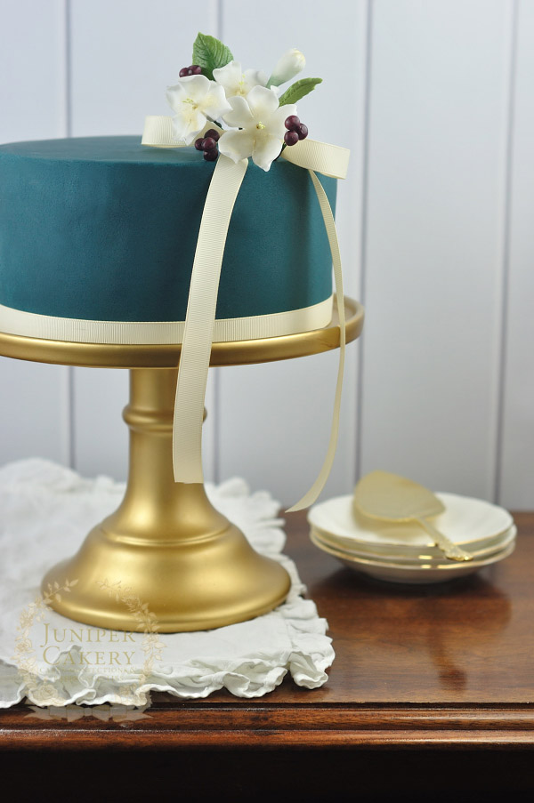 Find out how to cover a cake with fondant icing