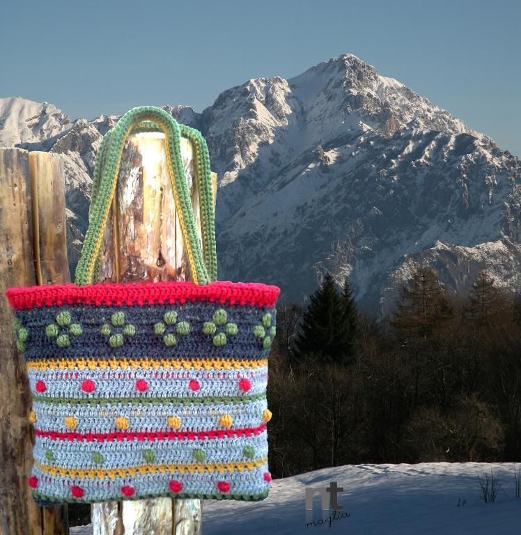 Sportina Biancaneve crochet tote pattern