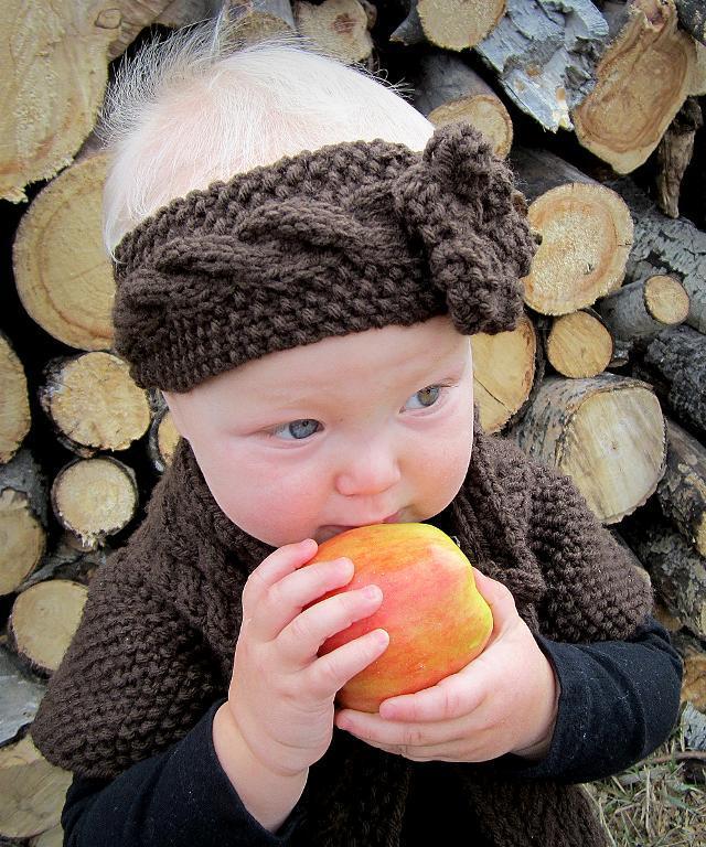 Little Miss Susie's Headband knitting pattern