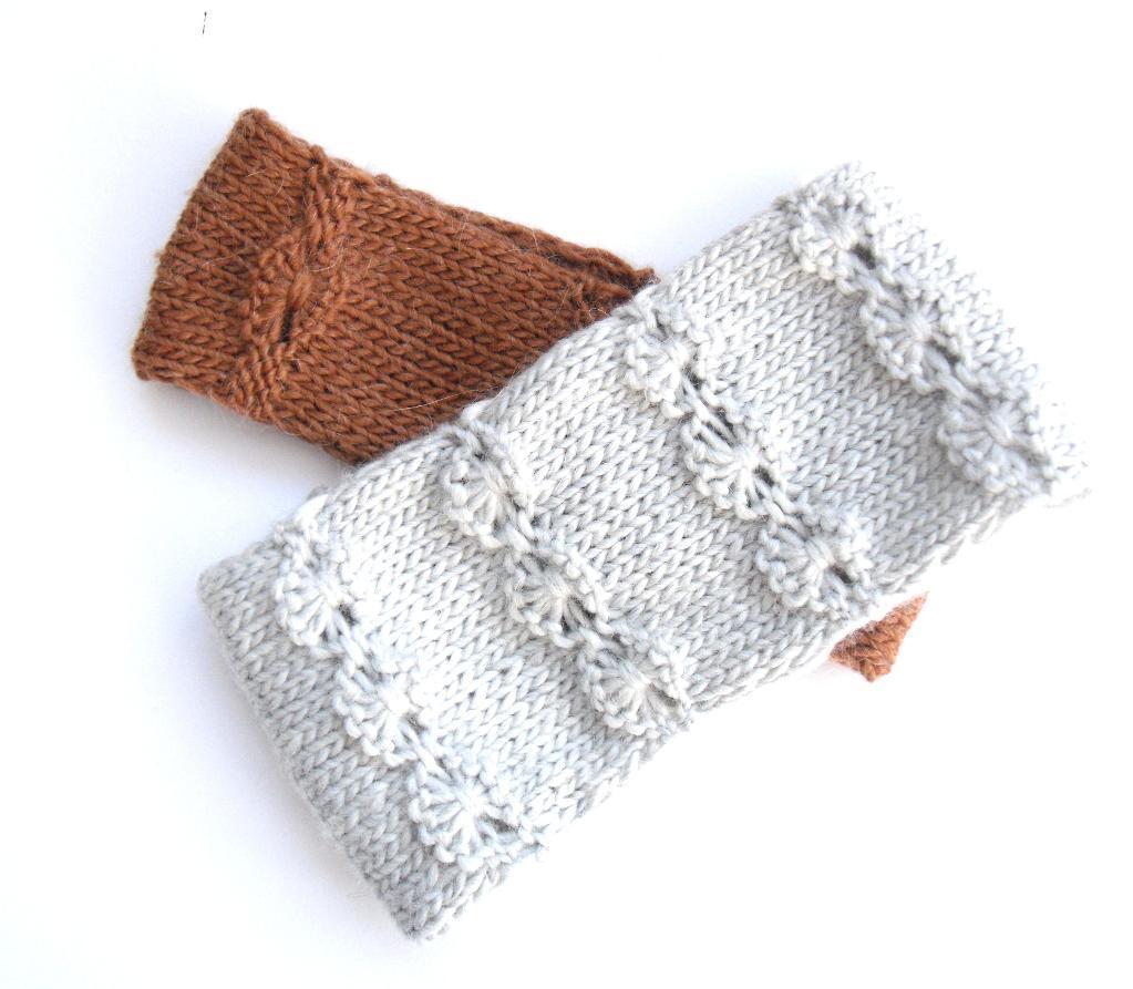 Flowery Headband knitting pattern