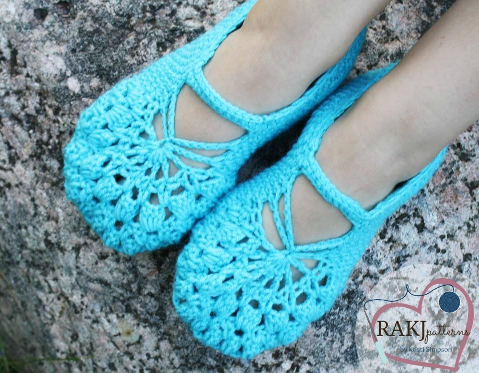 Brooke Slippers crochet pattern