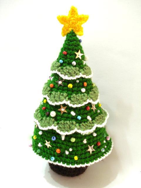 Crochet Christmas Tree crochet pattern