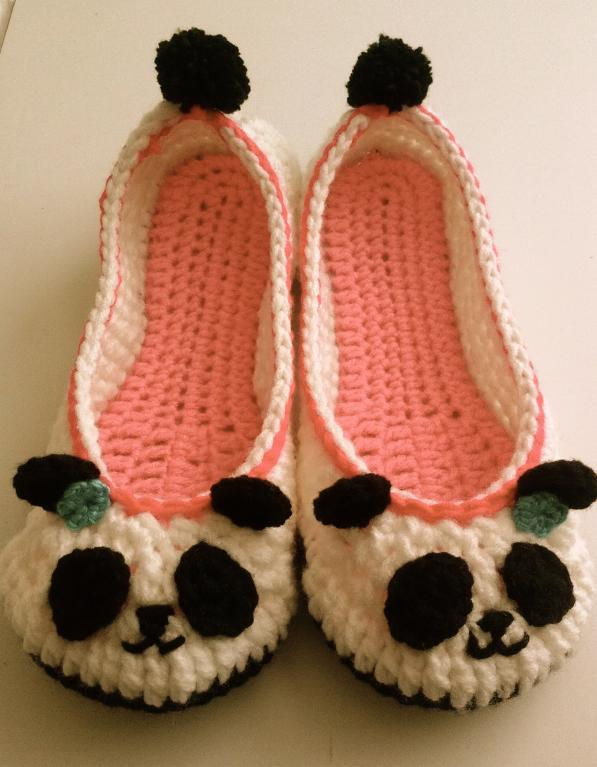 Panda Crochet Slippers crochet pattern