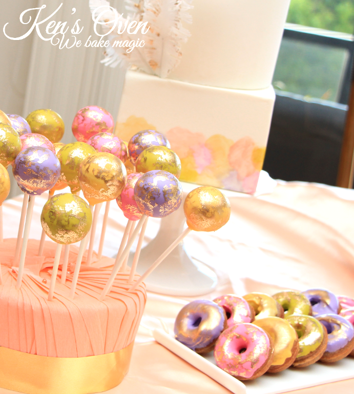 Gold vintage cake pops and doughnuts by Bluprint member Kendari Gordon