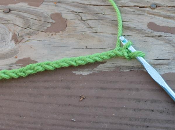 Stitching single crochet