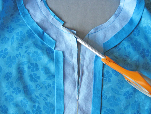 clipping neckline seam