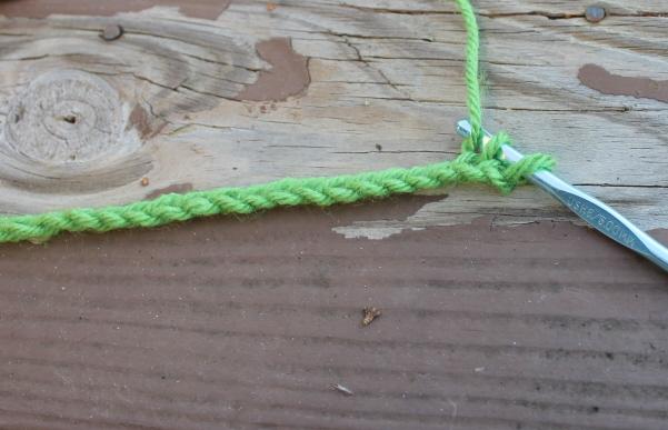 How to stitch a single crochet