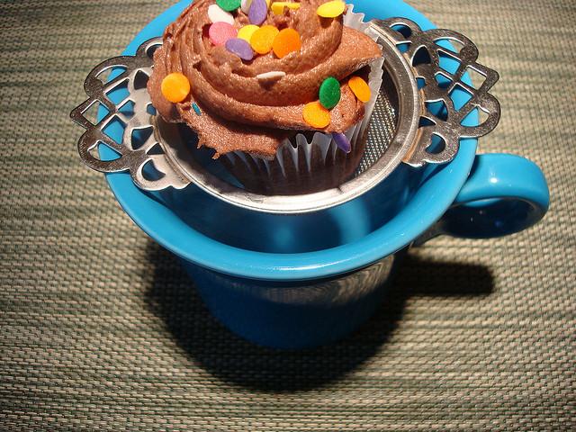 Cupcake in tea cup