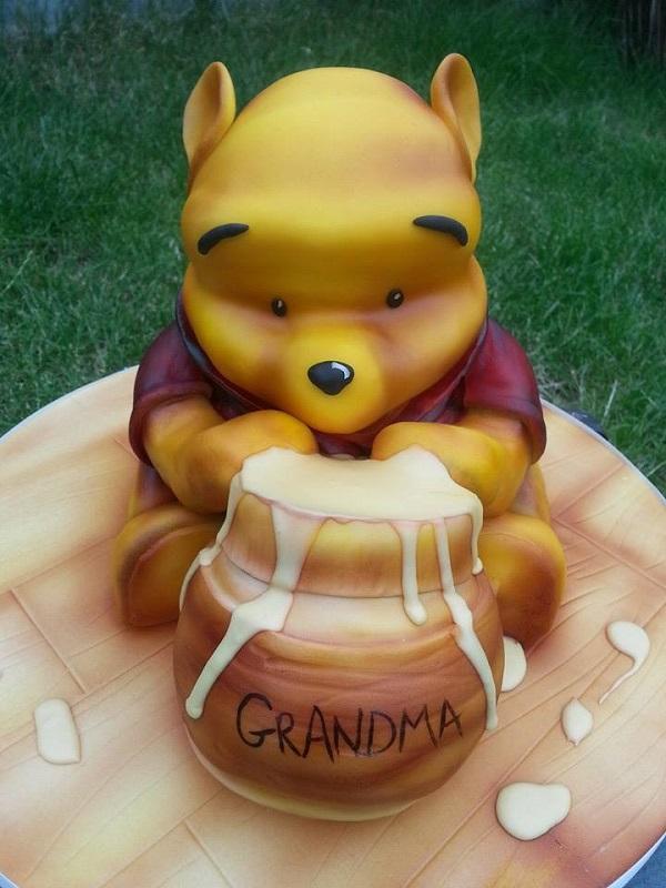 3D Winnie the Pooh cake