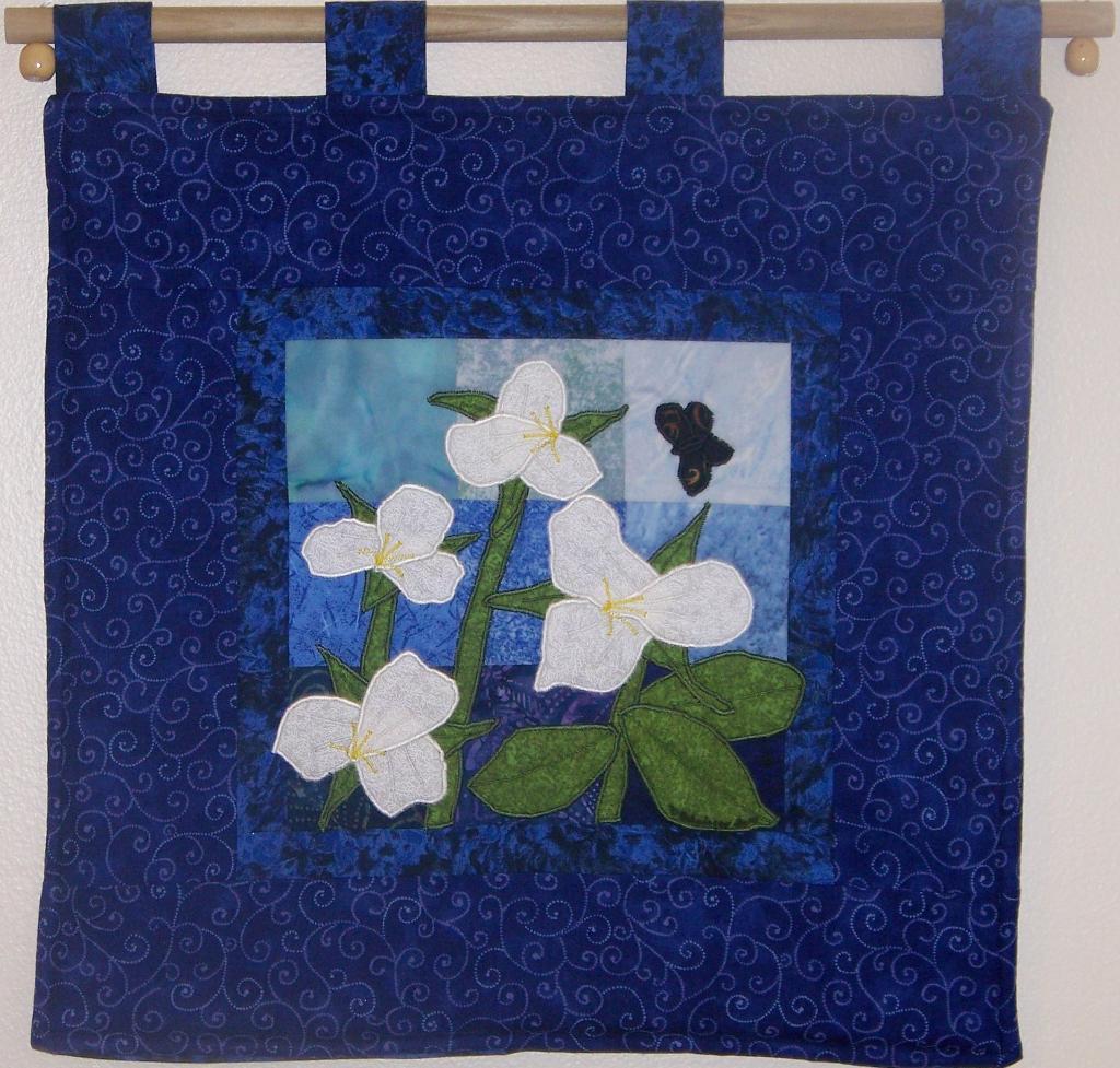 trillium wall quilt