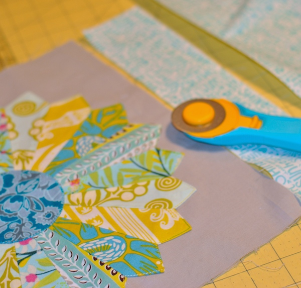 cutting border fabric