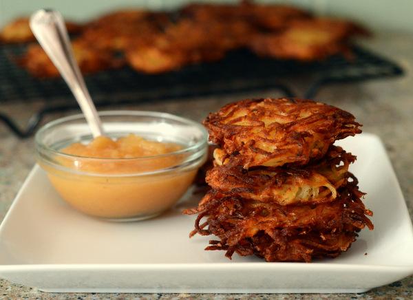 How to Make Classic Potato Latkes
