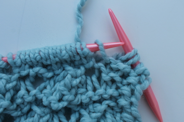 Elongated stitch yarn over