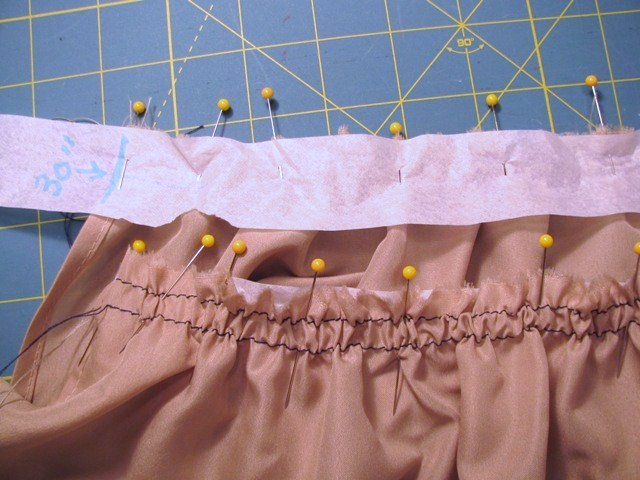 strips pinned to gathered lining