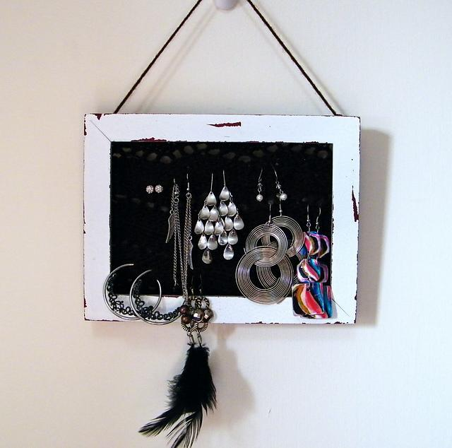 Lace Knit Jewelry Holder