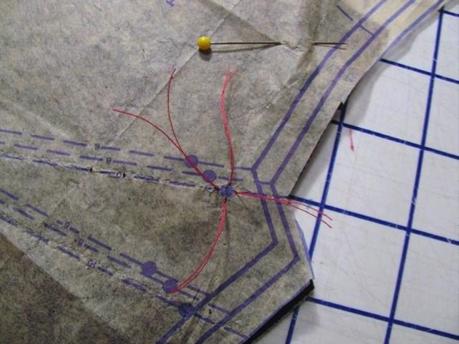 Tailor's tacks 4