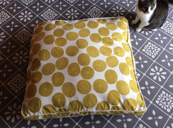 finished-floor-cushion