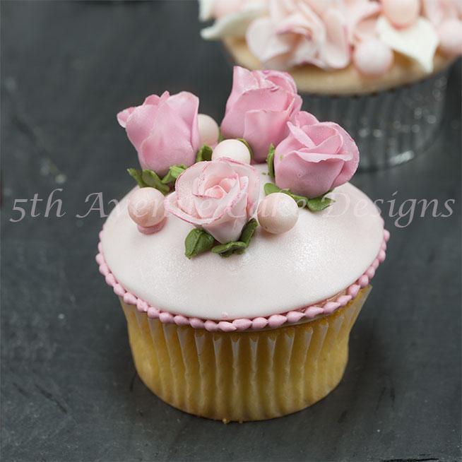 Rose cupcake by Bluprint member Bobbie's Baking