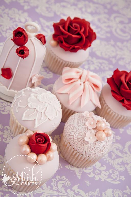 Valentine cupcake by Bluprint member Minh Cakes