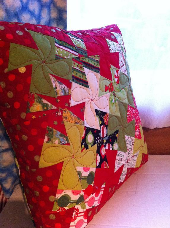 Twisted Christmas Pillow