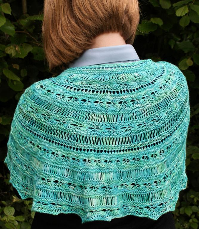 Daisy Shawl knitting pattern