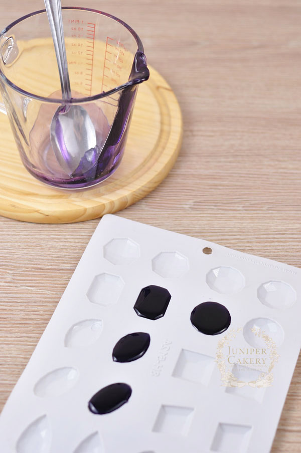 Casting sugar glass jewels how-to by Juniper Cakery