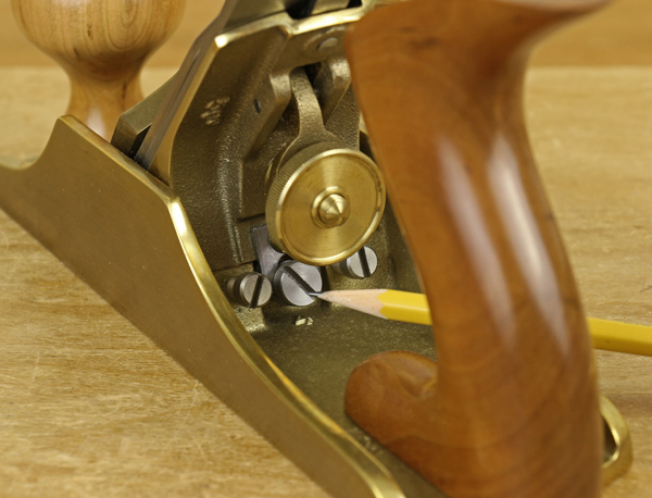 frog adjustment screws
