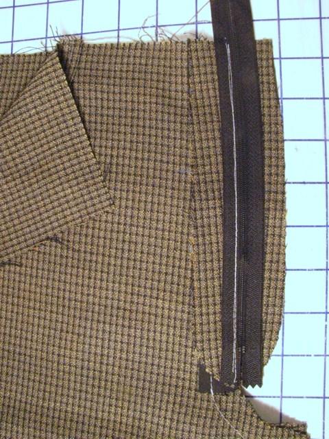 lay zipper flat onto flap