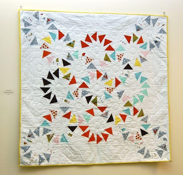 circle of geese pinwheel quilt
