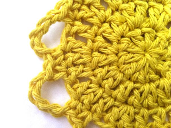 crochet flower chain petals